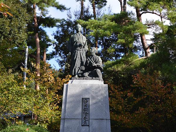 吉田松陰と金子重輔の銅像