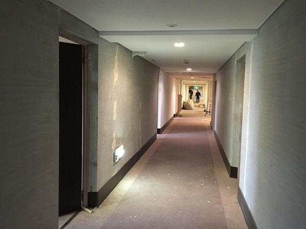 5階廊下改装