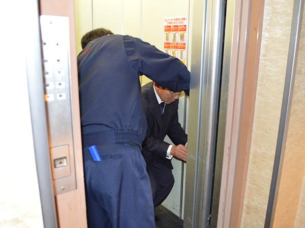 消防訓練エレベーター停止
