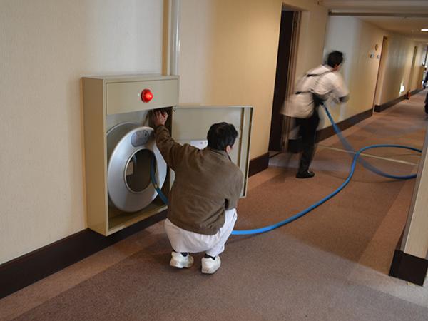 消防訓練屋内消火栓