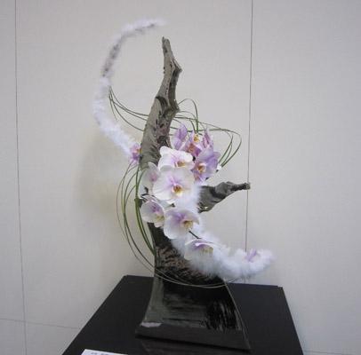 器と花のコラボレーション2.JPG