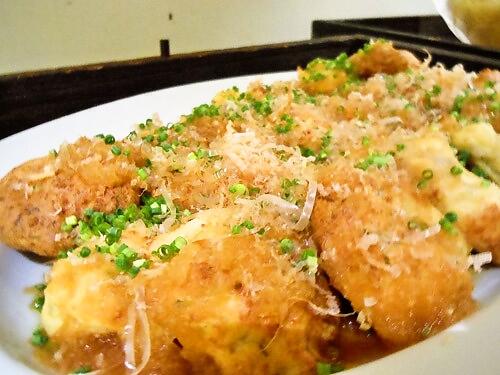 長州鶏と岩国蓮根の豆腐ハンバーグ(山芋入り)おろしポン酢掛け