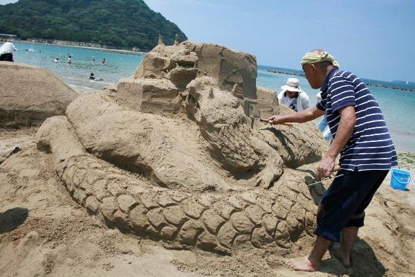 菊ヶ浜砂の芸術祭